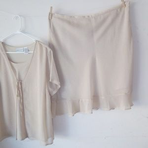 Blouse1x  and skirt2x